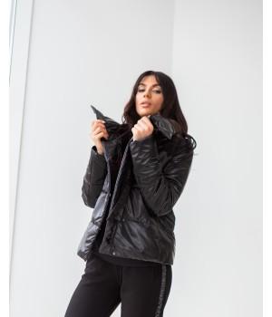 Куртка модель 235 чорний лазер